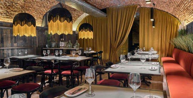 iluminacion vintage de un restaurante vintage