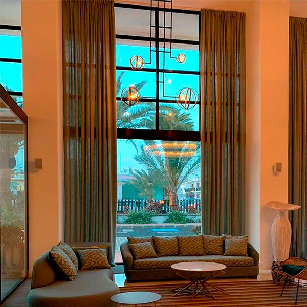 lampara vintage de luz vintage en hotel los fariones